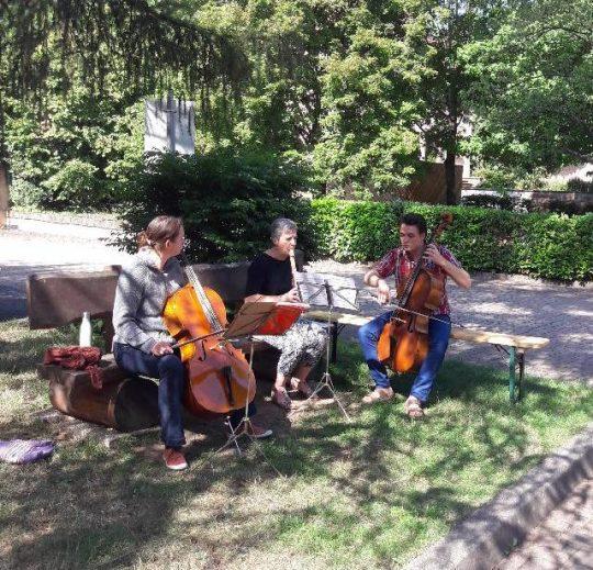 Musiciens dans le parc du château